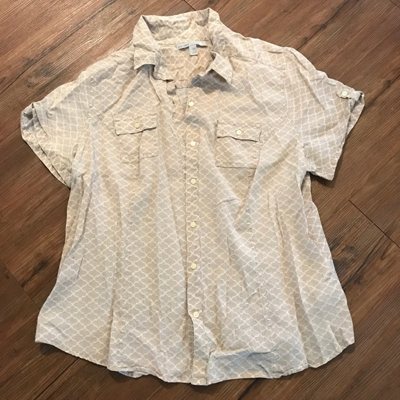 Old Navy Tops - Flowy Button Down Top